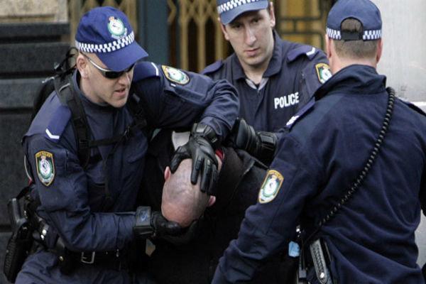 70 معترض به تغییرات اقلیمی در استرالیا بازداشت شدند