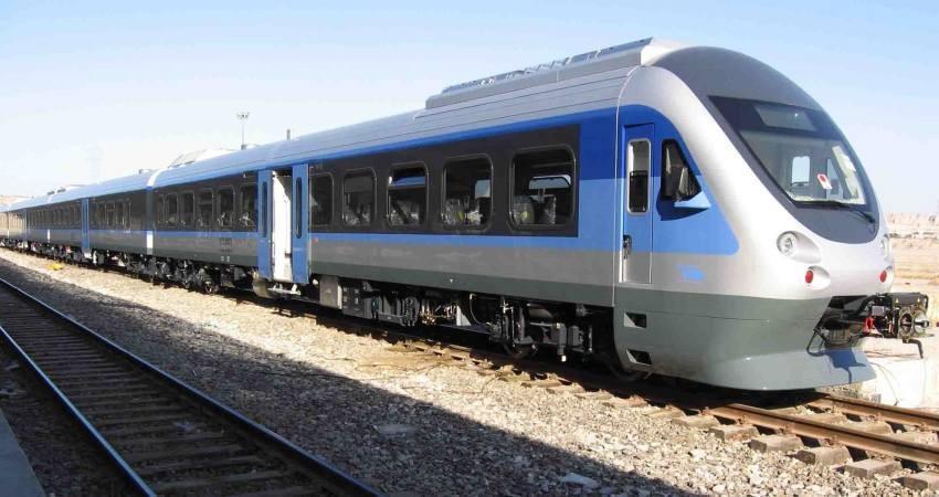 تهران با قطار به وان وصل شد