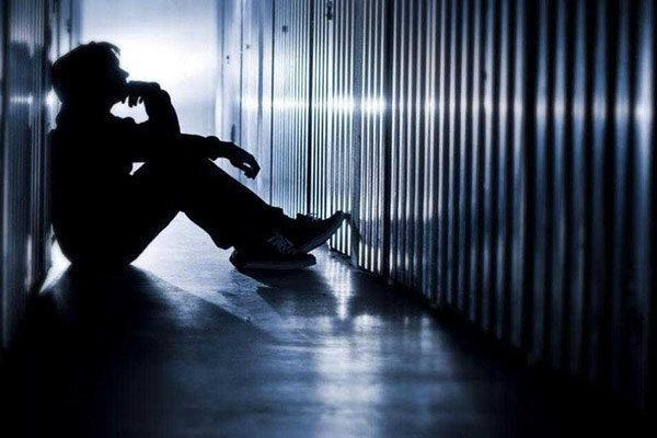 مهم ترین عامل بروز افسردگی و هراس