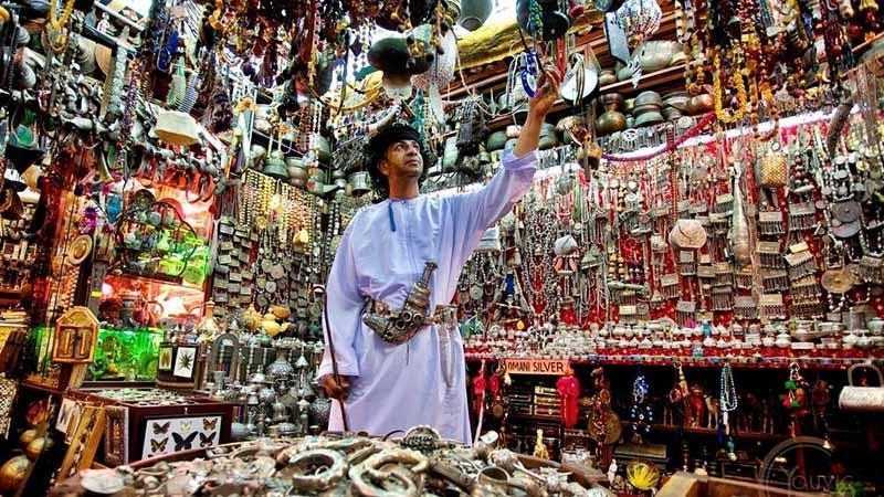 بازار سنتی و کورنیش مطرح عمان