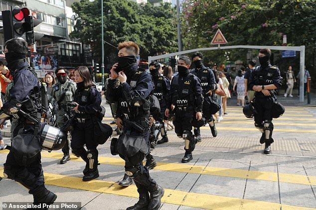 مقام های هنگ کنگی به برقراری آرامش در این دولتشهر امیدوارند