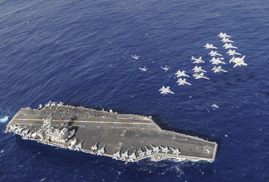 چین: ناو جنگی آمریکا دریای جنوبی را ترک کند