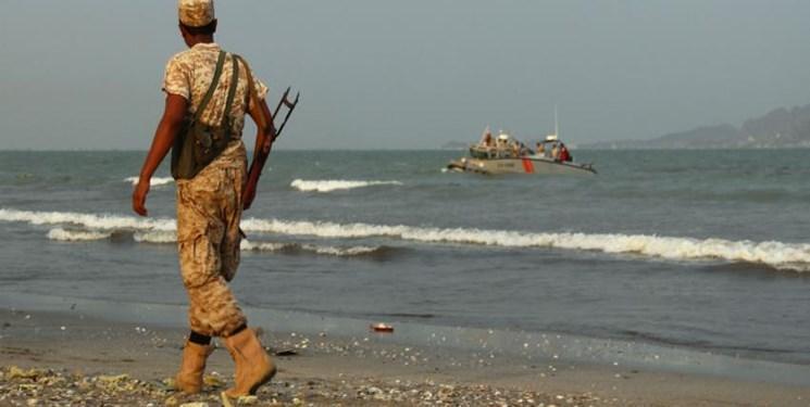 امارات در قالب یاری های بشردوستانه ادوات نظامی به سقطری یمن فرستاد