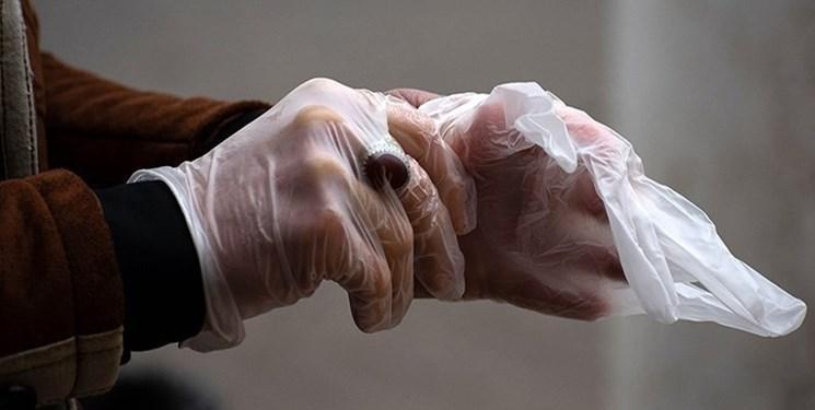 محققان: پوشیدن دستکش ویروس کرونا را پخش می نماید