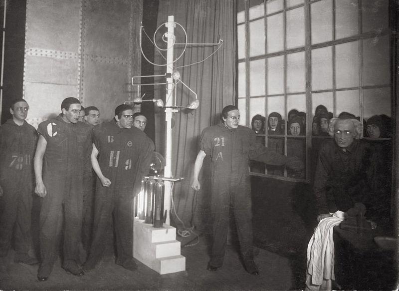 کارل چاپِک؛ مخترع واژه ربات در جهان