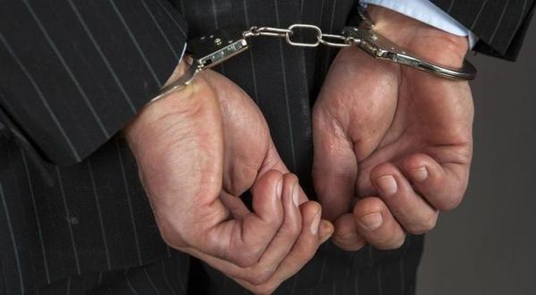 کارمند پست هرمزگان به دلیل پایکوبی بازداشت شد