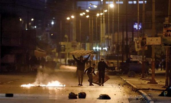 خبرنگاران حکومت نظامی در پایتخت تونس ، 632 نفر در درگیری با پلیس بازداشت شدند