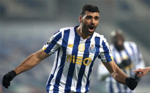 درخشش ادامه دار ستاره پرسپولیسی در فوتبال اروپا