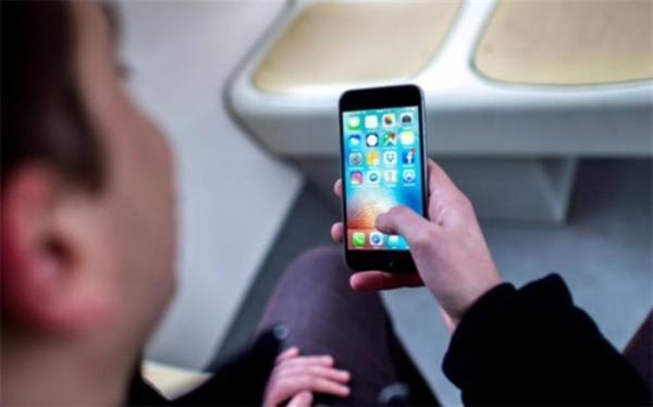 اعلام تعرفه جدید خدمات موبایل در دفاتر پیشخوان
