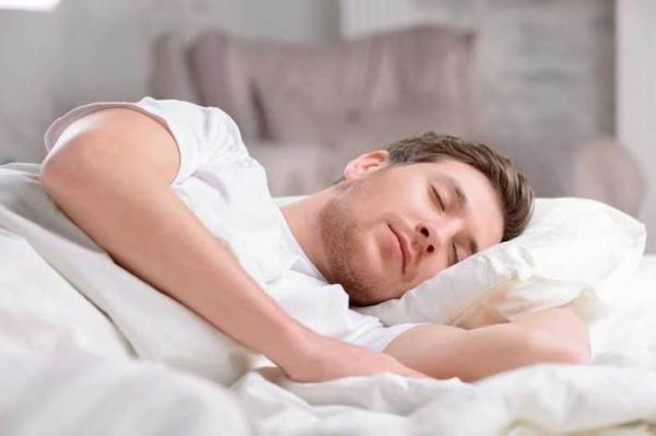 با شکم پر بعد از خوردن سحری نخوابید