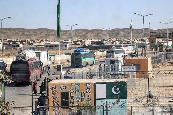 ممنوعیت ورود و خروج مسافر از مرز های میرجاوه و ریمدان، کامیون پاکستانی وارد ایران نمی گردد