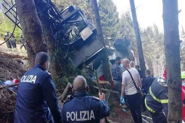 11 کشته و زخمی بر اثر سقوط تله کابین در ایتالیا
